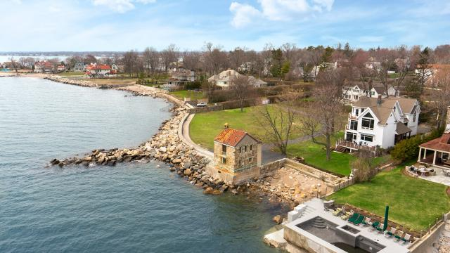 Sneak Peek Inside 421 Ocean Dr - Stamford,  Connecticut